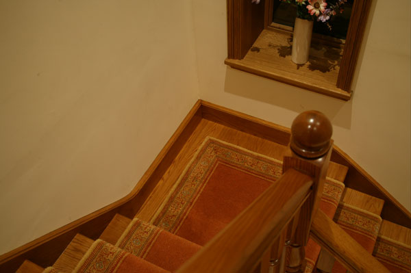 Oak staircase before and after for Quarter landing staircase