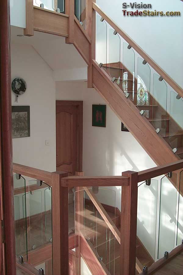 Glass Balustrading Oak Handrail With Glass Toughened Glass