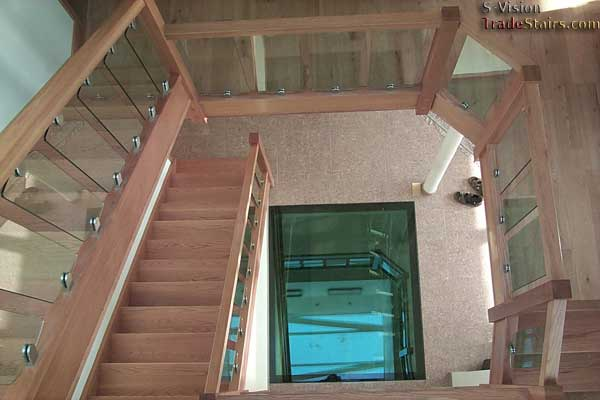 S-Vision glass balustrade on a oak staircase