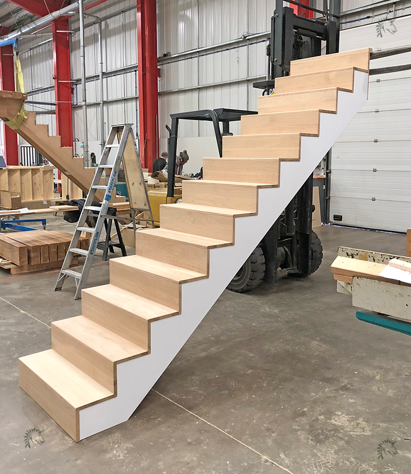 Great Denver Oak Staircase With Simple Square Tread And Riser Construction