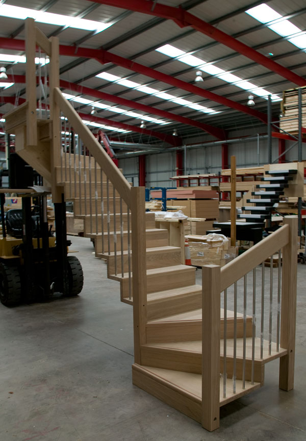 Oak staircases oak stairs latest staircase designs 2015 for Building winder stairs