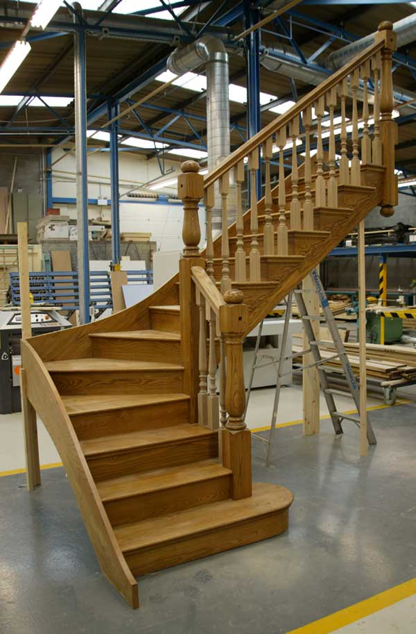 Wooden staircases stairplan timber staircase manufacturers for Building winder stairs