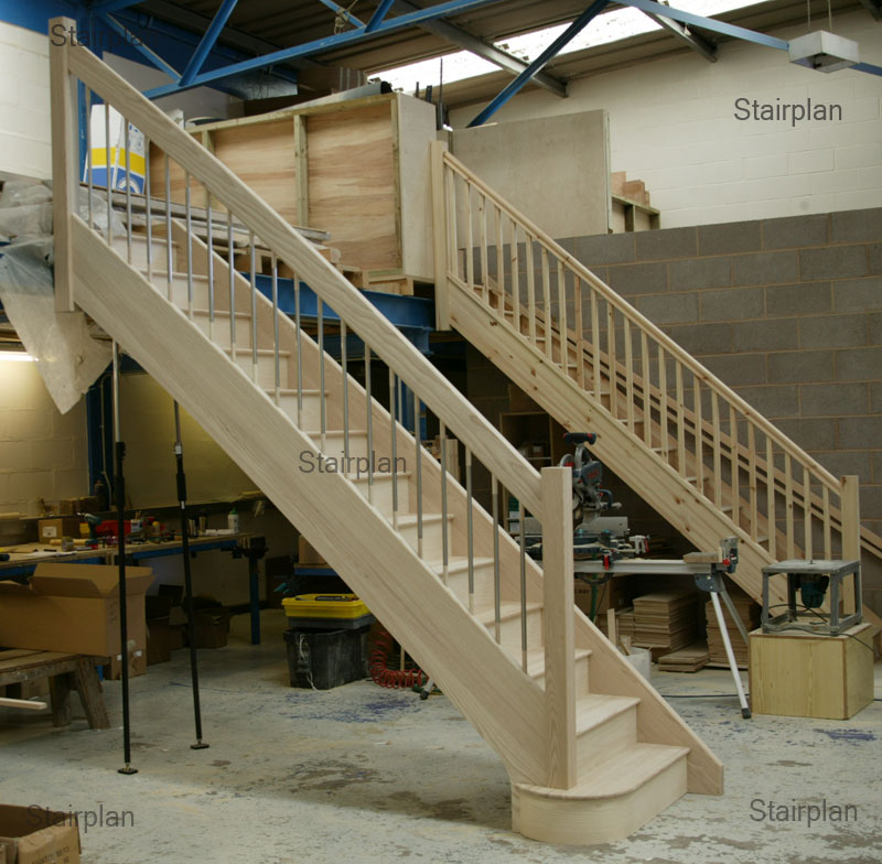 Ash Straight Staircase Feature