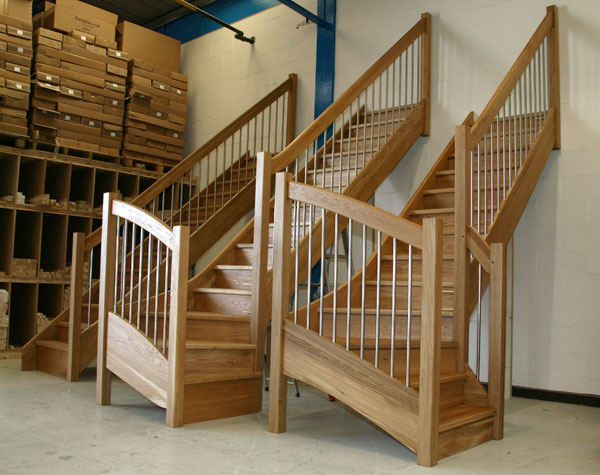 Oak Staircases with the European Style handrail stainless steel stairs balusters