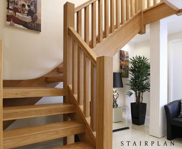 Attirant New Townsend Oak Staircase In Our UK Showroom